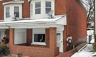 Building, 525 Farnsworth St, 0