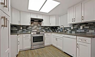 Kitchen, 948 W 9th St 4, 0