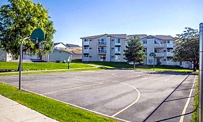 Building, Eaglepointe Apartments, 2