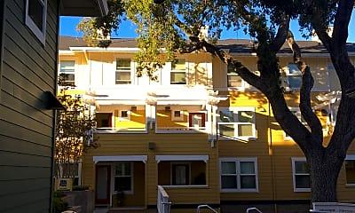 Oak Court Apartments, 0