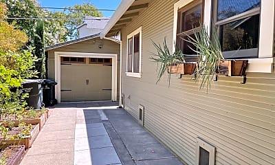1049 Santa Barbara St, 1