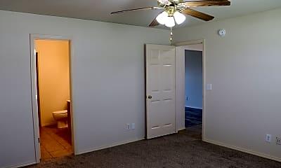 Bedroom, 805 Southwest Sandrock Road, 1