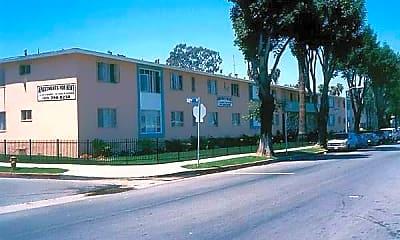 Pinafore Apartments, 0