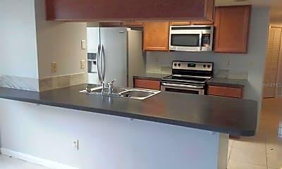 Kitchen, 5013 LAGUNA BAY CIRCLE 85, 1