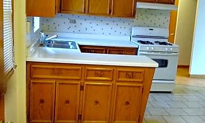 Kitchen, 8622 W. Berwyn, 1