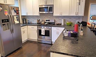 Kitchen, 891 Mercer St, 1