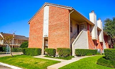 Building, 2211 S Kirkwood Rd 29, 0
