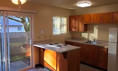 Kitchen, 7830 SE Clackamas St, 1