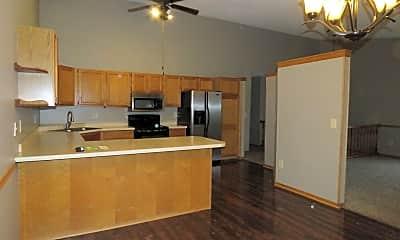 Kitchen, 7432 Vinewood Ln N, 1