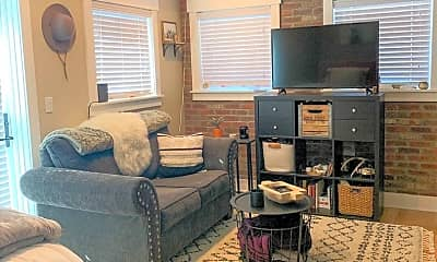 Living Room, 2727 W 33rd Ave, 1