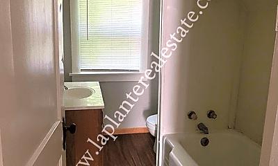 Bathroom, 3917 Hoiles Ave, 2