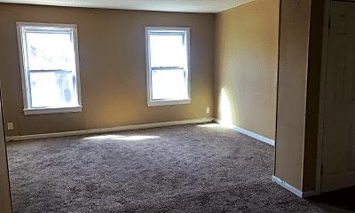 Living Room, 1510 SE Riverside Dr, 1