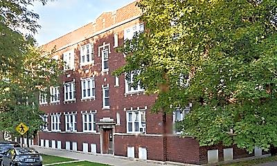 Building, 4501 N Oakley Ave, 1