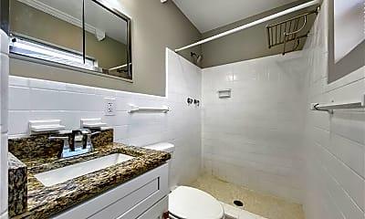 Bathroom, 151 N Orlando Ave 243, 2