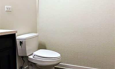 Bathroom, 1935 S. Archer Ave 622, 2
