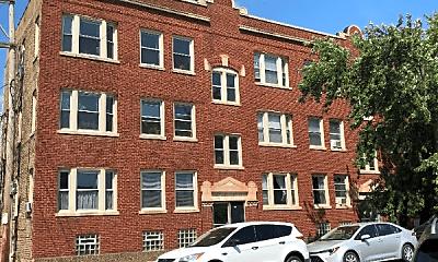 Building, 5966 N Paulina St, 2