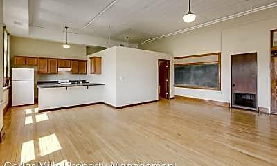 Living Room, 3003 E Kellogg Dr S, 0