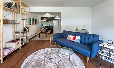 Living Room, 666 Parker St, 1