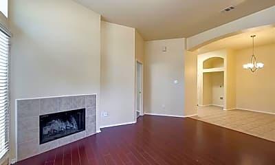 Living Room, 1628 Myrtle Dr, 1