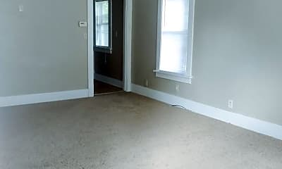 Bedroom, 2732 Camden Ave, 1