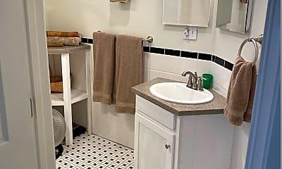 Bathroom, 1321 E Market St, 2