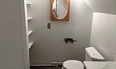 Bathroom, 1914 S Wheeler St, 2