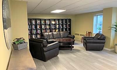 Living Room, 420 Shore Rd 3G, 2