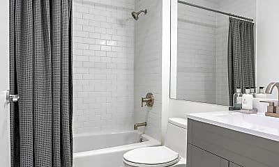 Bathroom, 32 W 128th St 4, 2