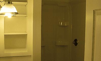 Bathroom, 108 Pool St, 2