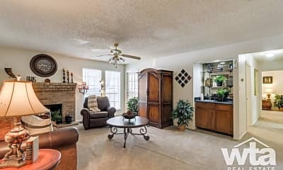 Living Room, 13400 Blanco Rd, 1
