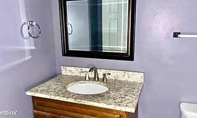 Bathroom, 441 Harding Pl, 1