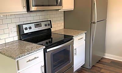 Kitchen, 2901, 2905, 2911, 2917 Rollins Rd, 2