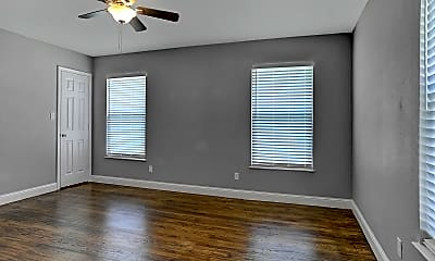 Living Room, 1231 W Morton St, 2