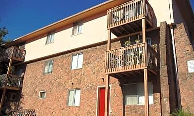 Gladstone Village Apartments, 1