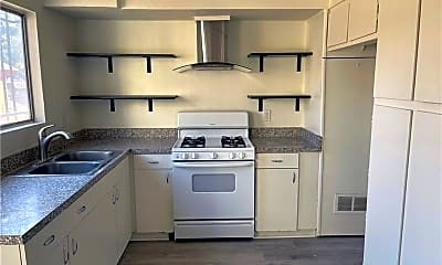 Kitchen, 530 Casanova St 3, 0