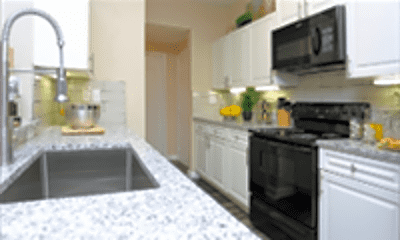 Kitchen, 6934 Lakeview Dr, 1