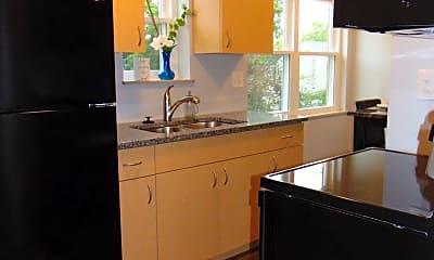 Kitchen, 21140 Detroit Rd, 2
