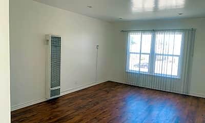 Living Room, 4200 Leimert Blvd, 0