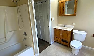 Bathroom, 5032 Stony Run Ct, 2