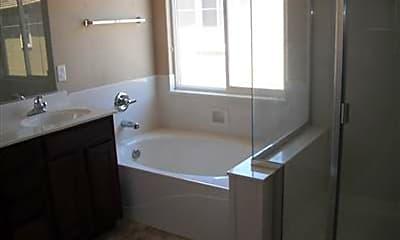Bathroom, 4 Long Warf Pl, 2