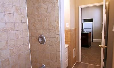 Bathroom, 4903 N Camac St, 1