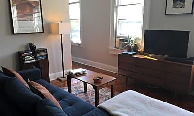 Living Room, 211 Mosher St, 2