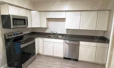 Kitchen, 195 Hanstein Pl, 1