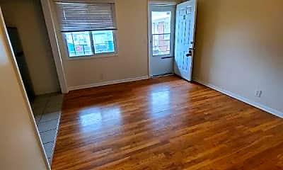 Living Room, 4916 California St, 0