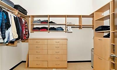 Bedroom, 2716 Elliott Ave, 1