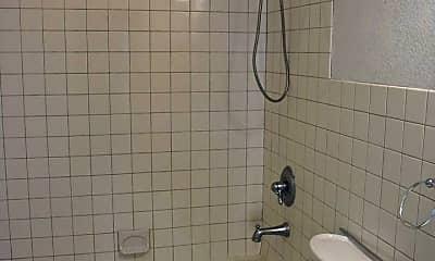 Bathroom, 728 N Earl Rudder Fwy, 1