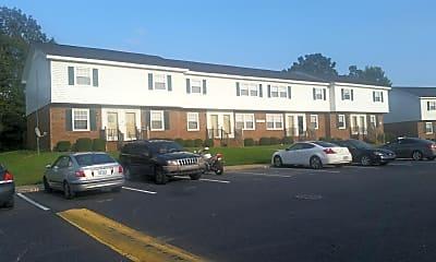 Creek Ridge Crossing Town Homes, 2