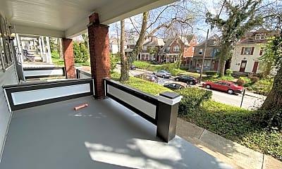 Patio / Deck, 72 W Patterson Ave, 2