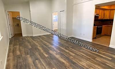 Living Room, 2965 Bookcliff Avenue, 1