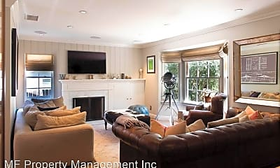 Living Room, 846 Lyndon St, 1
